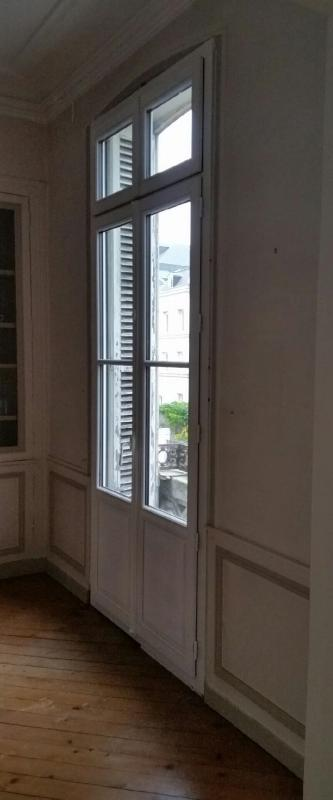 Direct fabricant fen tres bois bois alu stores for Fenetre avec imposte