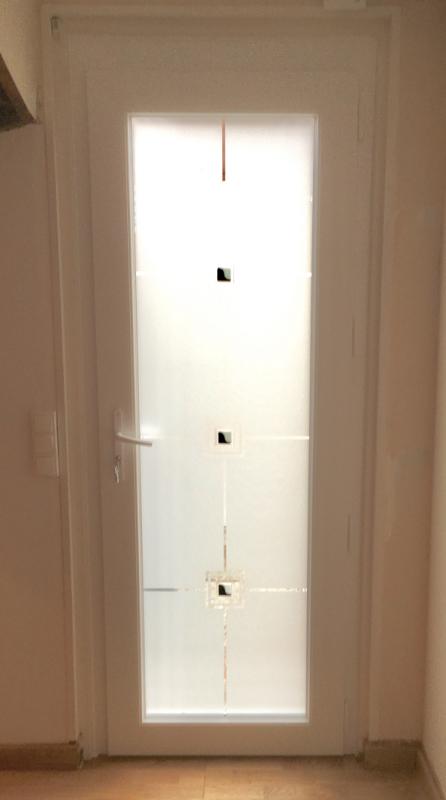 Porte d entree rouen avec verre serigrapfie