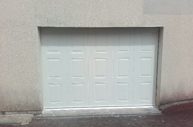 Direct fabricant fen tres pvc alu stores porte de for Fabricant porte de garage sectionnelle