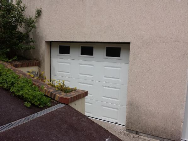 Porte de garage sectionnelle plafond rouen